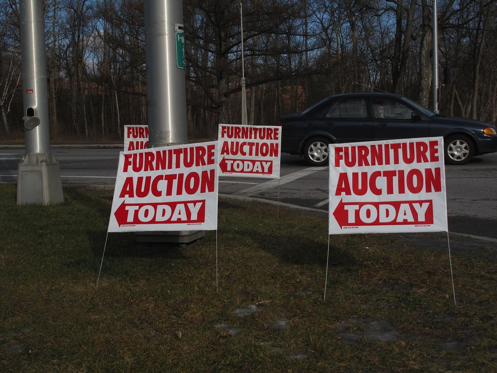 Furniture Auction Today