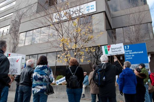 Manifestation contre la fraude fiscale « Yours to discover »